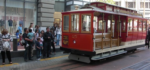 San Francisco. Cable Car - Powell Street. - Westküste, Cable Car, Cablecar, Powell Street, San Francisco - (Opera Plaza, San Francisco, California, Vereinigte Staaten)