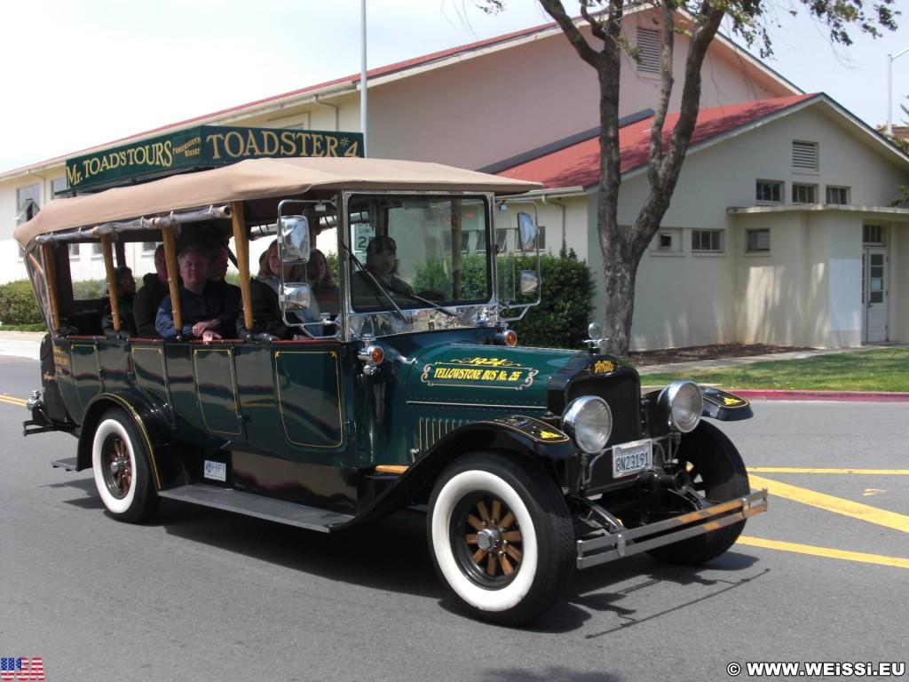 San Francisco. - Westküste, Auto, Presidio, Mr. Toad's Tours, Oldtimer, Toadster, San Francisco - (Cow Hollow, San Francisco, California, Vereinigte Staaten)