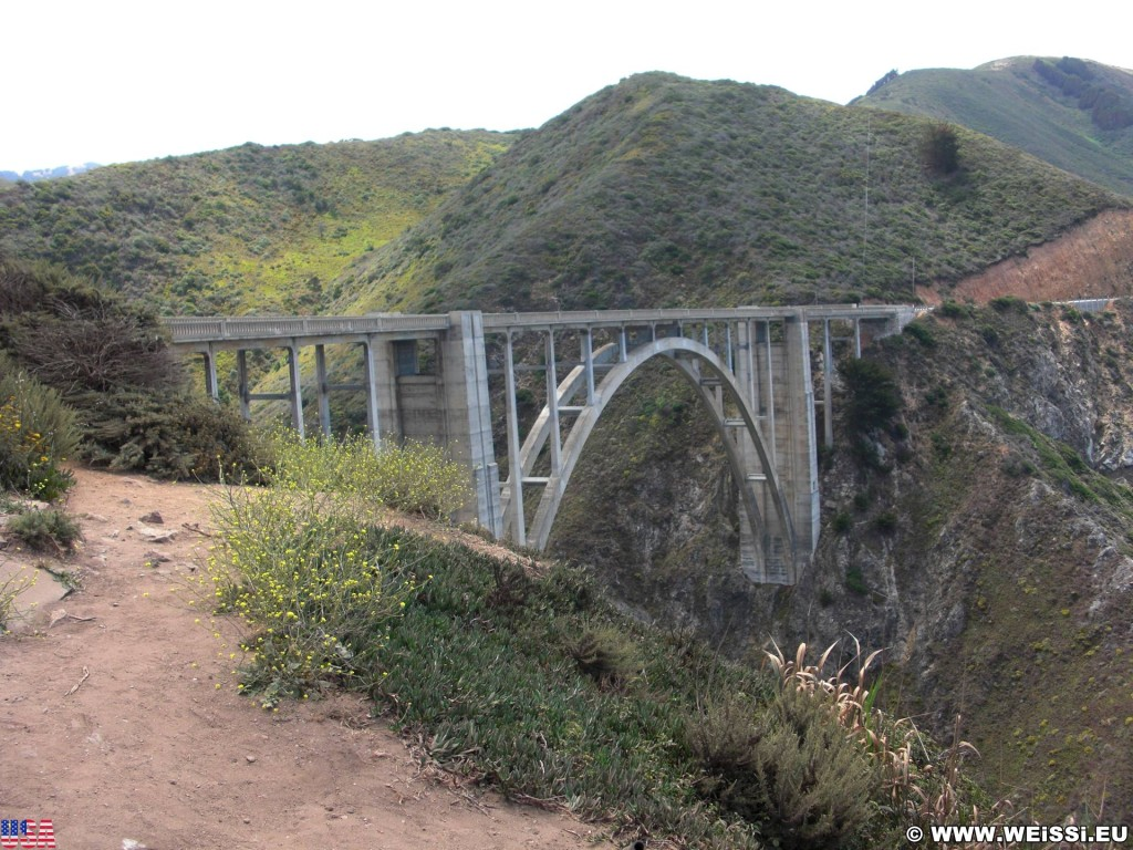 Highway 1 - California State Route 1. - Westküste, Brücke, Big Sur, Bixby Creek Arch Bridge, einbogige Betonbrücke, Highway 1, California State Route 1 - (Notleys Landing, Big Sur, California, Vereinigte Staaten)