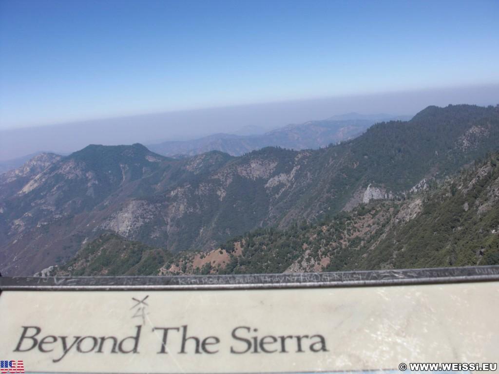 Sequoia National Park. - Landschaft, Sequoia Nationalpark, Moro Rock, Panorama - (Pinewood, Sequoia National Park, California, Vereinigte Staaten)