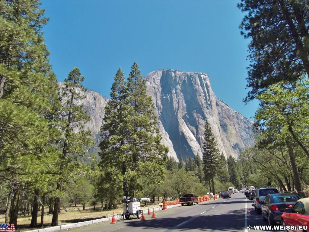 Yosemite National Park. - Landschaft, Felsen, Panorama, Yosemite Nationalpark, Berg, Yosemite Valley, Monolith, El Capitan, Felswand - (Yosemite Village, Yosemite National Park, California, Vereinigte Staaten)