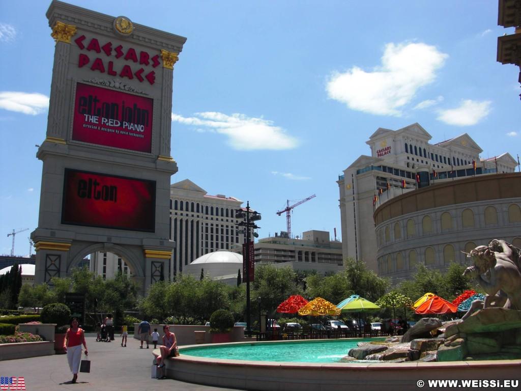 Las Vegas. - Werbeschild, Hotel, Werbeschrift, Las Vegas, Turm, Videowall, Werbeturm, Caesars Palace Hotel - (Bracken, Las Vegas, Nevada, Vereinigte Staaten)