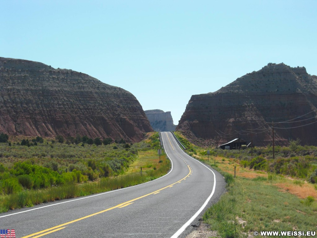 Highway 12 - Scenic Byway. - On the Road, Grand Staircase Escalante National Monument, Highway 12 - (Cannonville, Henrieville, Utah, Vereinigte Staaten)