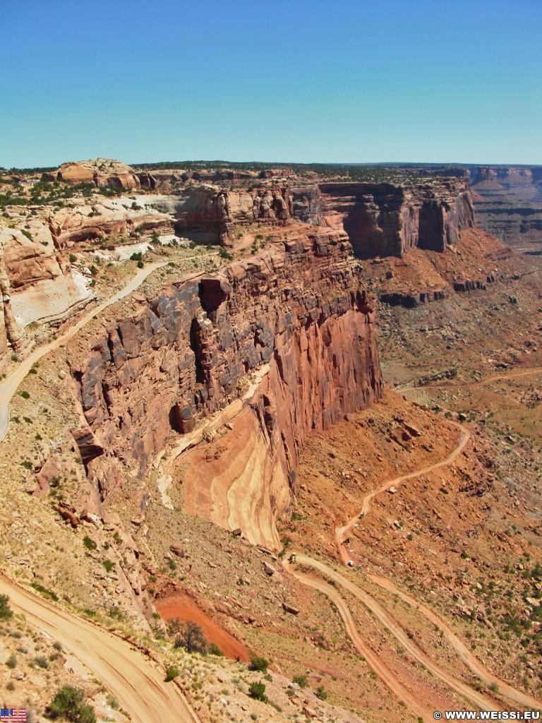 Canyonlands National Park. Shafer Canyon - Canyonlands National Park. - kurvenreich, Serpentinen, Strasse, Landschaft, Aussichtspunkt, Felswand, Sandstein, Canyon, Overlook, Canyonlands National Park, Shafer Canyon Overlook - (Moab, Utah, Vereinigte Staaten)
