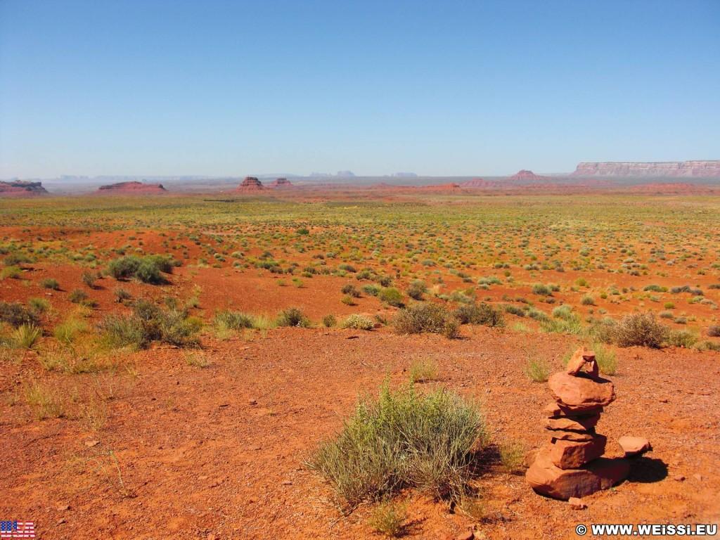 Valley of the Gods, Scenic Sandstone Valley. - Landschaft, Sandstein, Sandsteinformationen, Valley of the Gods, Scenic Sandstone Valley, Sandstone Valley - (Mexican Hat, Utah, Vereinigte Staaten)