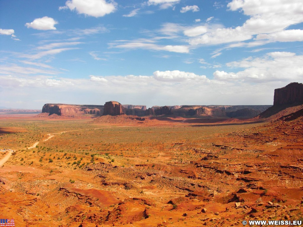Monument Valley. - Monument Valley, Navajo-Nation-Reservation, Tafelberge, Landschaft, Sandstein, Sandsteinformationen, Tribal Park - (Goulding, Kayenta, Arizona, Vereinigte Staaten)