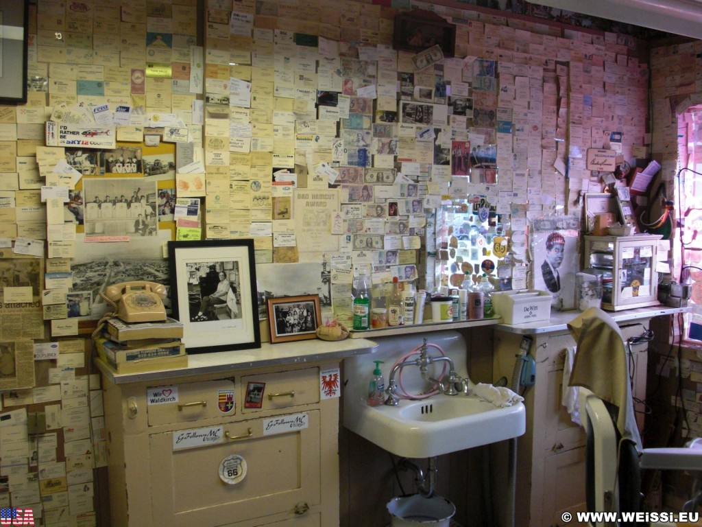 Historic Route 66. - Gift Shop, Route 66, Seligman, Barber Shop - (Seligman, Arizona, Vereinigte Staaten)