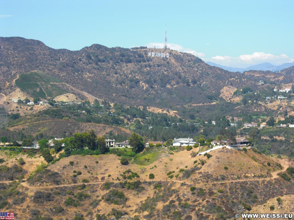 Los Angeles. Mulholland Drive - Los Angeles. - Werbeschrift, Aussichtspunkt, Schriftzug, Overlook, Hollywood Sign, Los Angeles, Bowl Overlook, Mulholland Drive - (Hollywood, Los Angeles, California, Vereinigte Staaten)