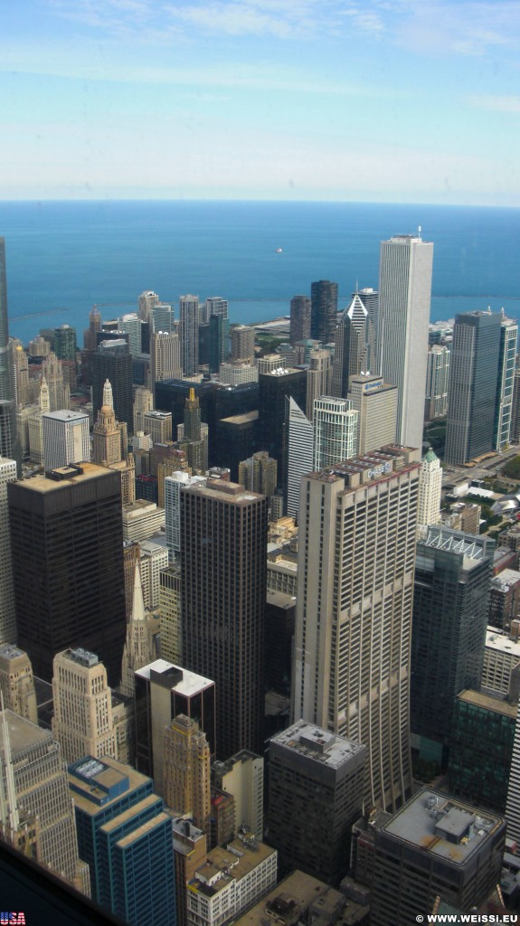 Willis Tower. Ausblick vom Willis Tower. - Skyline, Fort Dearborn Addition, Aon Center, Willis Tower, Chase Tower - (Fort Dearborn Addition, Chicago, Illinois, Vereinigte Staaten)