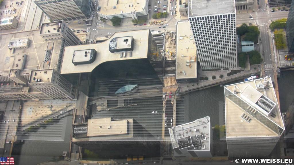 Willis Tower. Ausblick vom Willis Tower. - Duncans Addition, Willis Tower, Glasbalkone - (Duncans Addition, Chicago, Illinois, Vereinigte Staaten)