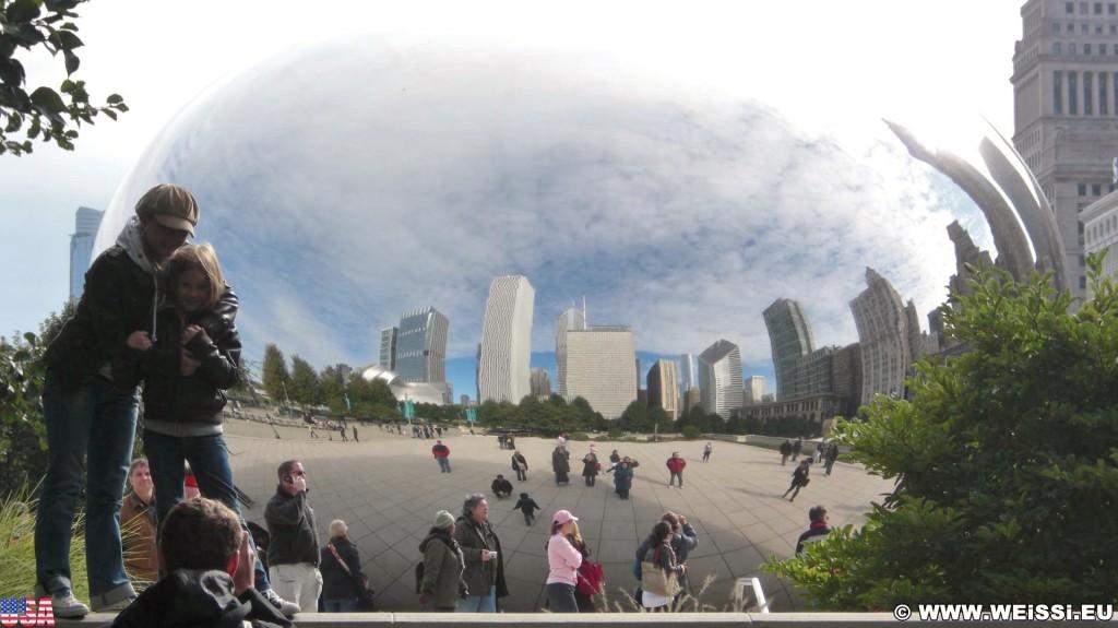 Cloud Gate. im Millenium Park. - Fort Dearborn Addition, Cloud Gate, The Bean - (Fort Dearborn Addition, Chicago, Illinois, Vereinigte Staaten)