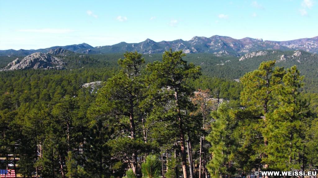 Black Hills. - Landschaft, Bäume, Mount Rushmore National Memorial, Mount Rushmore, National Memorial - (Keystone, South Dakota, Vereinigte Staaten)