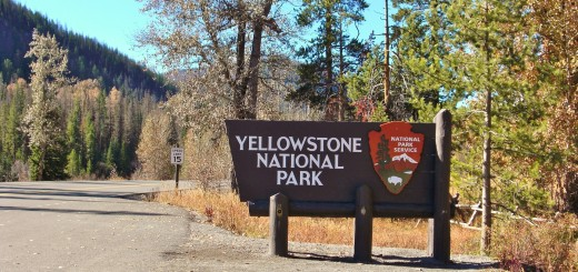 East Entrance Sign - Yellowstone-Nationalpark