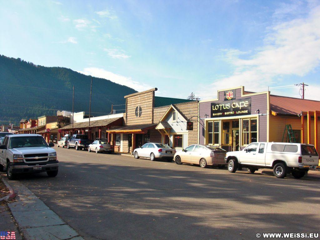 Jackson Hole. Spaziergang in Jackson. - Gebäude, Jackson Hole Historical Society & Museum, Lotus Cafe - (Jackson, Wyoming, Vereinigte Staaten)