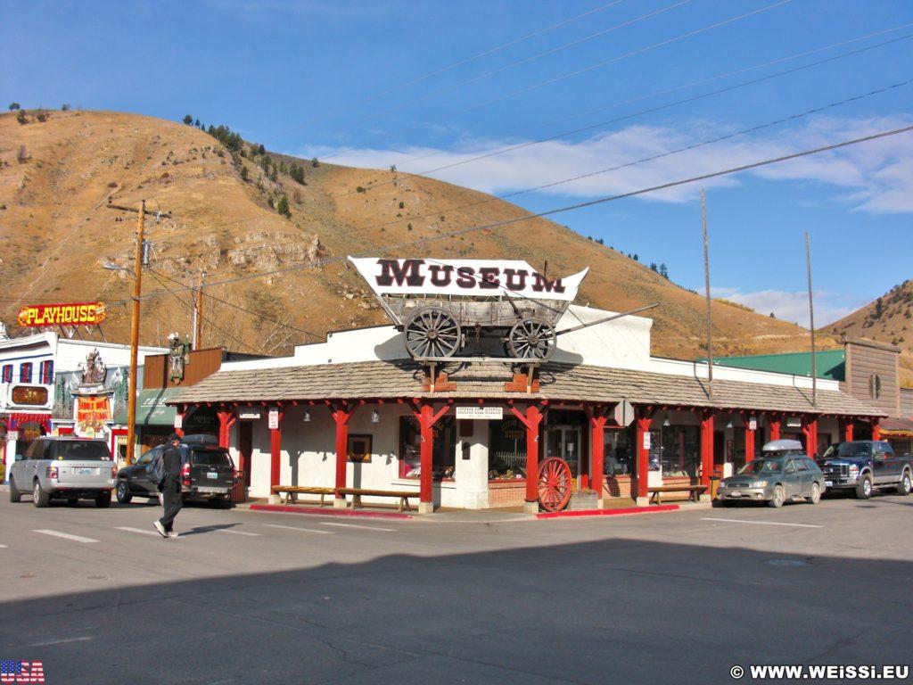 Jackson Hole. Museum. - Gebäude, Museum, Jackson Hole Historical Society & Museum, Fuhrwerk, Planwagen - (Jackson, Wyoming, Vereinigte Staaten)